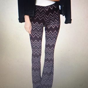 NWOT Forever 21 ZigZag Print Pants